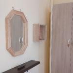Le camere (specchio e armadio)